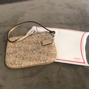 *USED ONCE* Coach Wristlet